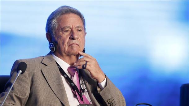 """Eduardo Duhalde: """"Si no se puede pagar la deuda no se paga porque hay que saldar la deuda interna"""""""